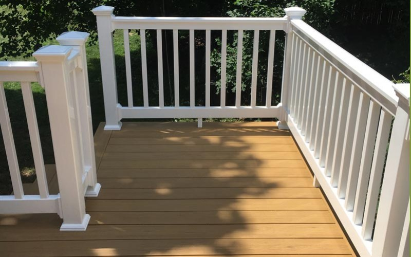 Wolf composite deck and railings